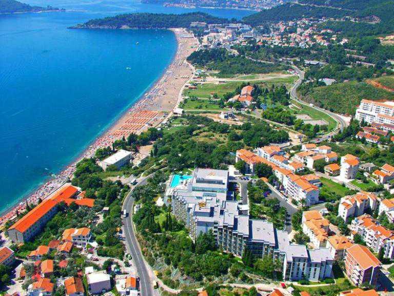 Квартиры и апартаменты в Рафаиловичи