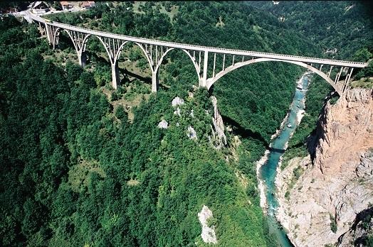 Мост на Таре Каньон Черногория