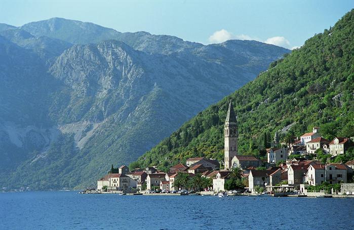 на границе между черногорией и боснией и герцеговиной